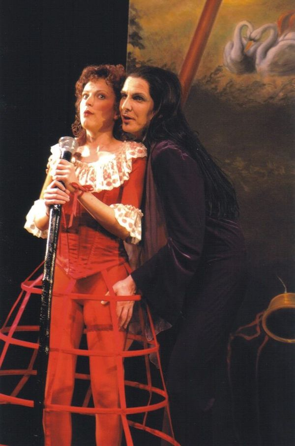 Tobias Pfülb as Colas - Bastien und Bastienne - W.A. Mozart - Theater Krefeld-Mönchengladbach - Copyright M. Stutte