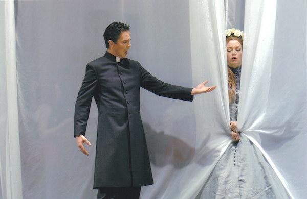 Tobias Pfülb as Raimondo - Lucia di Lammermoor - G. Donizetti  - Theater Krefeld - Mönchengladbach - Copyright M. Stutte